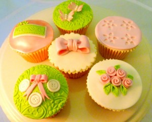 Welcome to the first Sugarcraft Newsletter from Crafts Bee ...